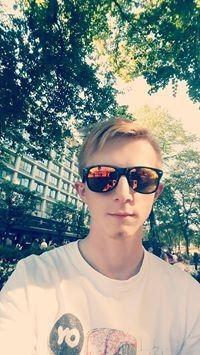 Rafał Ebert (rafi58724)